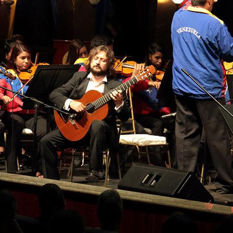 Lavernier e Orchestra Simon Bolivar Venezuela