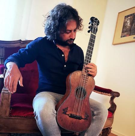 Lavernier Romantic Guitar